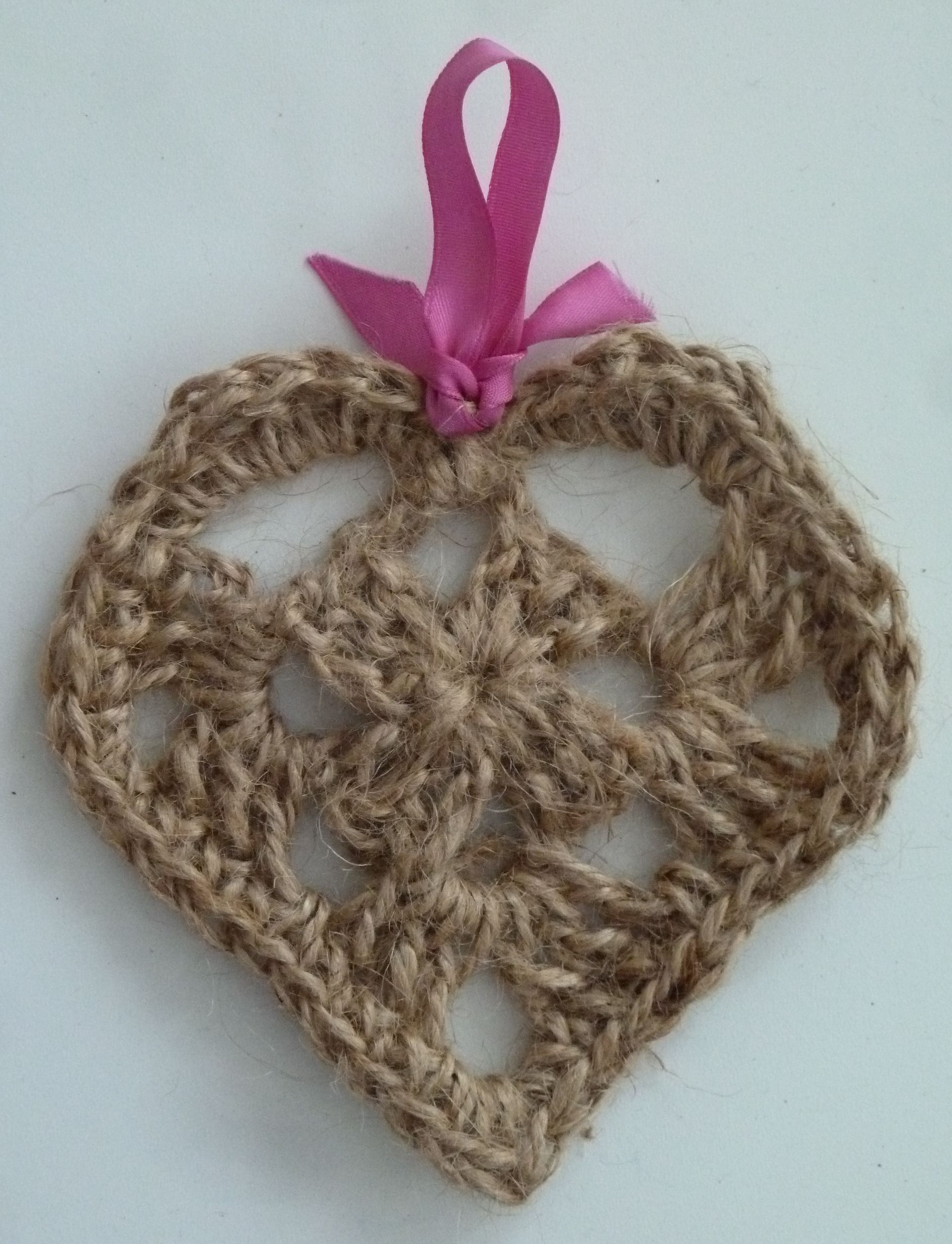 Free Pattern Shabby Chic Twine Heart