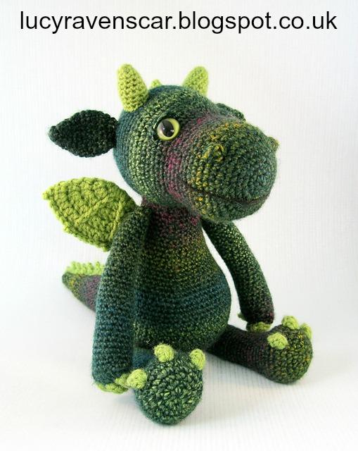 Cuddly_Dragon_green_01_medium2