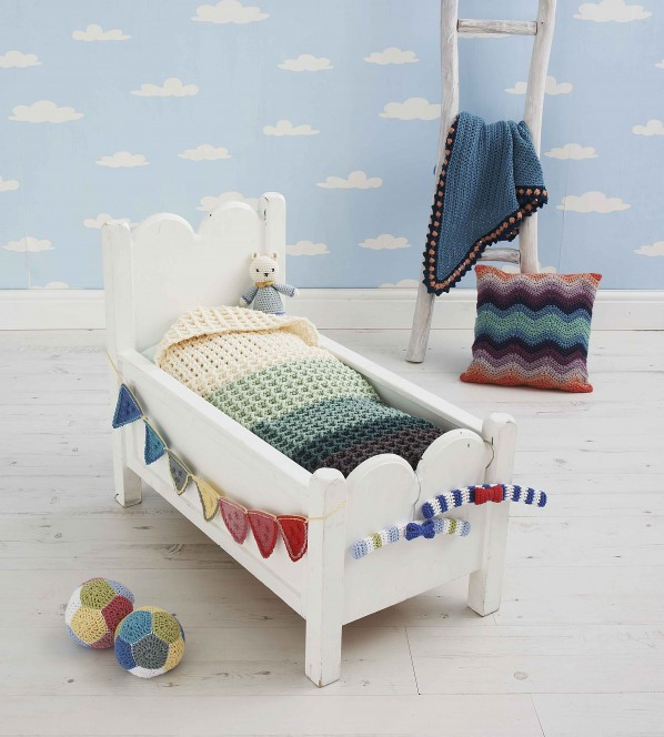 9mtc-baby-bed-598x664